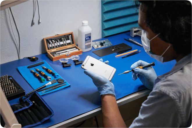 photo of Apple greatly expands iPhone repair services across the US and to businesses in Europe and Canada image